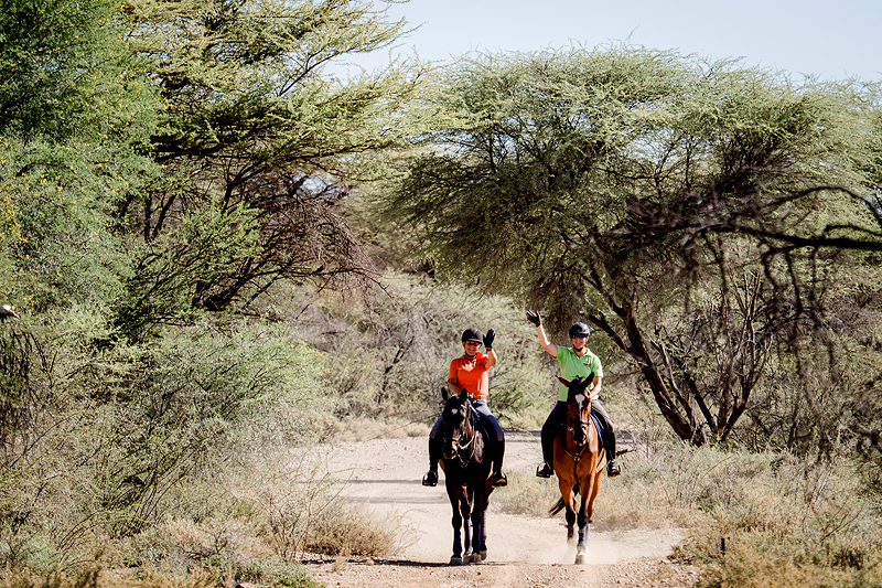 Rider Kudu Trail Riparian forest dry riverbed Tsauchab BüllsPort Namibia's main attraction