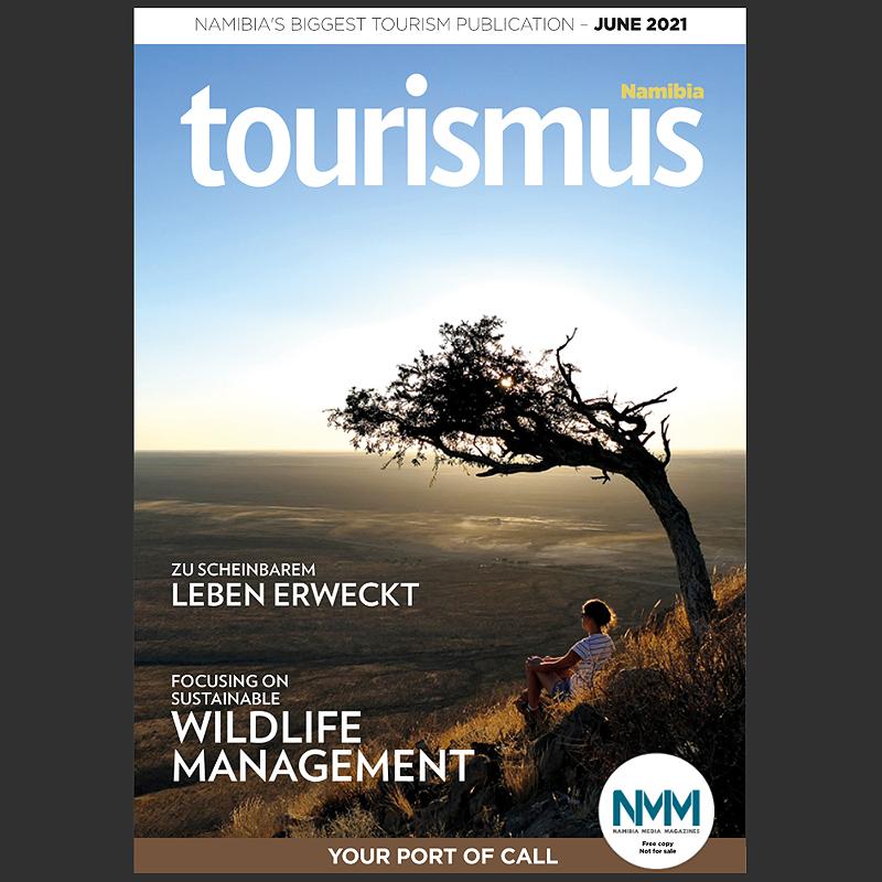 Hiking Naukluft Mountains BüllsPort Cover Tourismus Namibia